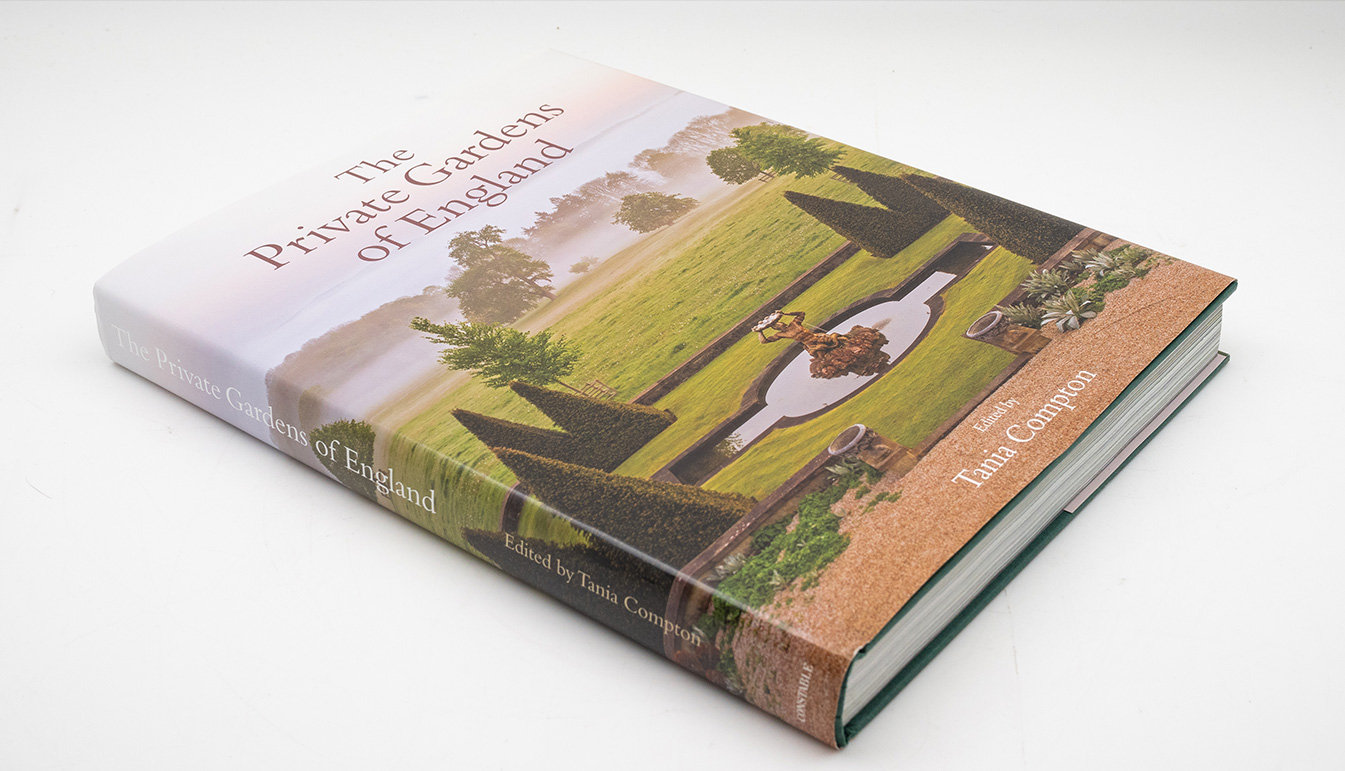 Tania Compton: Private Gardens of England (Hardcover, Signed)