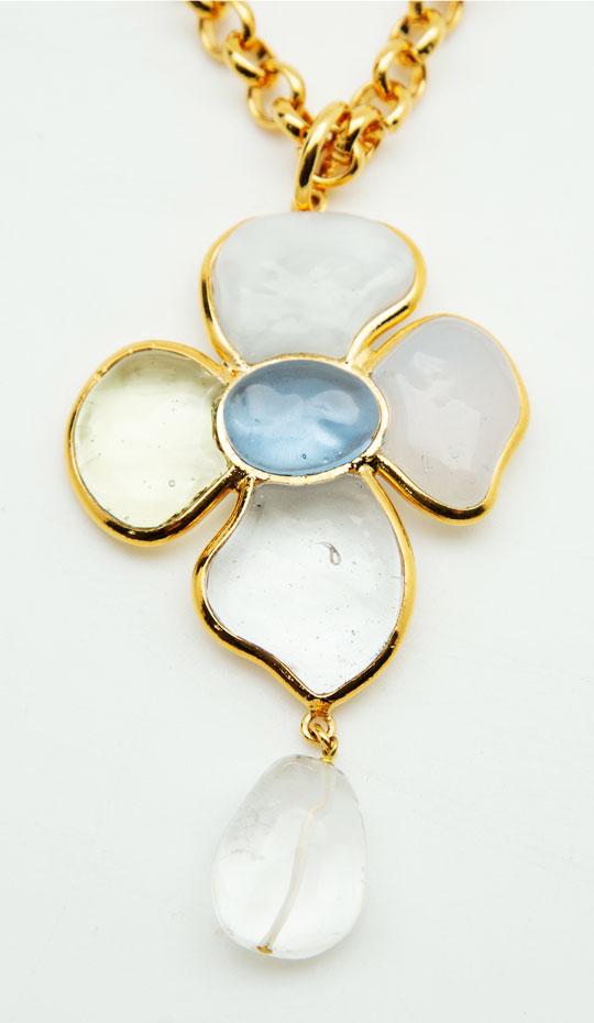 Loulou de la Falaise Flower Pearl Necklace