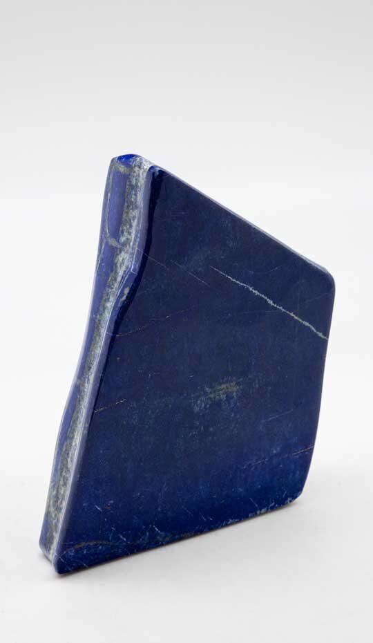Lapis-lazuli-blue-polished-stone